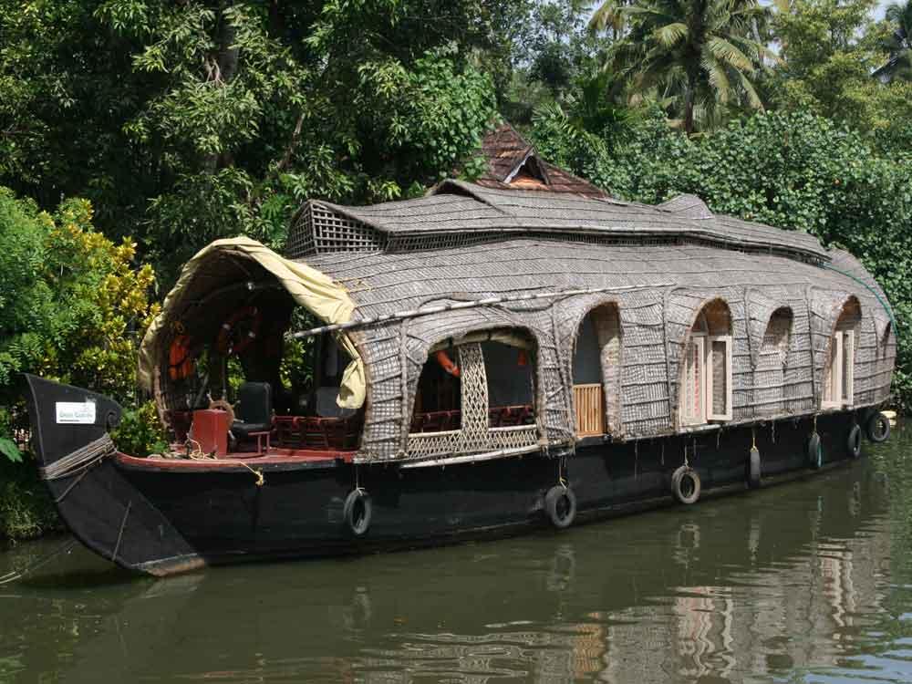Houseboat, Backwaters, Kerala © J Thomas